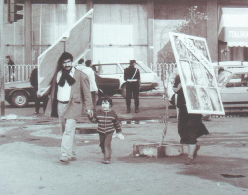 Mohamed Abla performing in the streets of Cairo in 1991